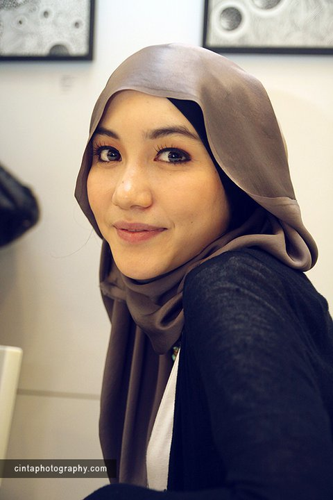 Design Hijab Hana Tajima Simpson A New Stylish Hijab | Blasteran Jepang  Inggris